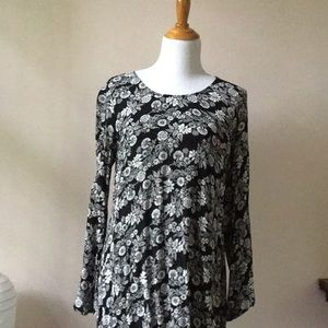Mossimo Supply Co. Tops - Boho gauzy tunic - great with leggings and boots!